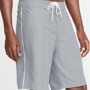 Old Navy board shorts sz 32 NEW